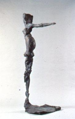 destaebler lef sided figure pointing charles h macnider art museum